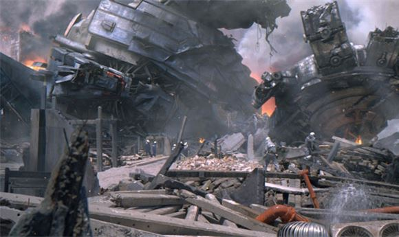 'Pacific Rim' Prologue Sequence Grabs Attention